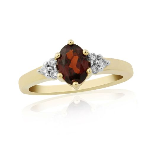 9 Carat Yellow Gold Garnet With Diamonds On The Shoulder Ring DGR1204